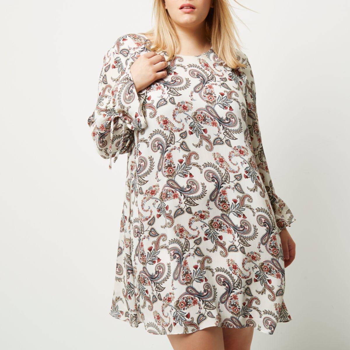 Plus cream paisley print smock dress