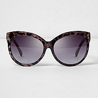 Oversized-Sonnenbrille in Lila