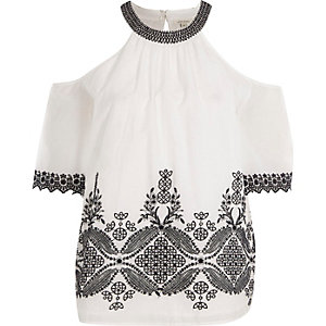 White high neck cold shoulder embroidered top