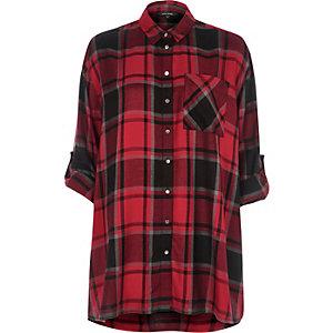 Chemise oversize rouge à carreaux