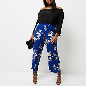 Plus blue floral print palazzo trousers