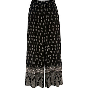 Black tile print culottes