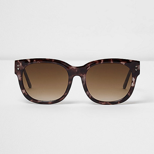 Purple tortoiseshell oversized sunglasses