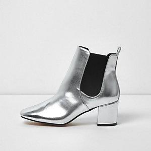 Metallic zilverkleurige Chelsea boots met blokhak