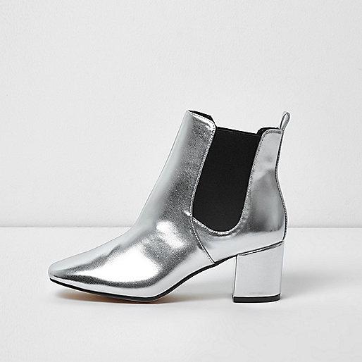 Metallic silver block heel Chelsea boots