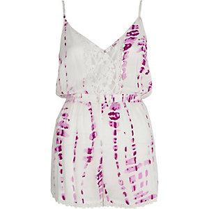 Combishort de plage violet tie-dye avec empiècement en dentelle