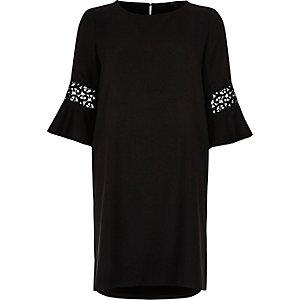 Swing-Kleid aus schwarzer Spitze