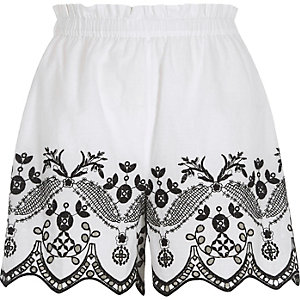 White floral embroidered shorts