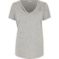T-shirt gris chiné à encolure déchirée aspect usé