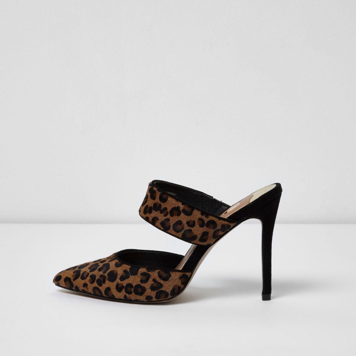 Brown leopard print strap court shoes