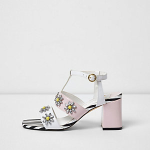 Sandales motif marguerites blanches à strass avec talon carré