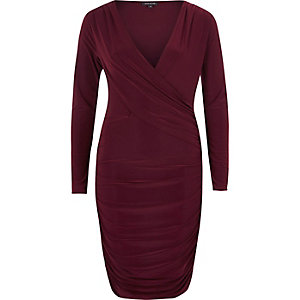 Plum ruched long sleeve bodycon dress