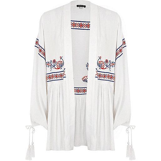White embroidered tassel cuff kimono