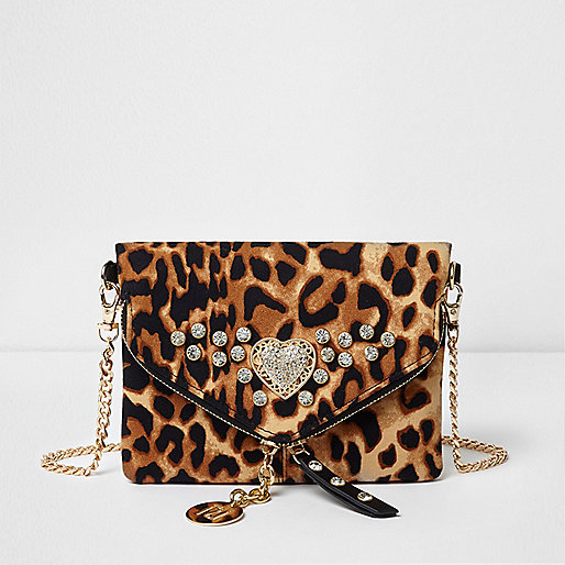 Beige leopard print envelope chain bag