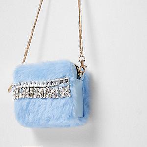 Hellblaue Mini-Umhängetasche mit Kunstfell