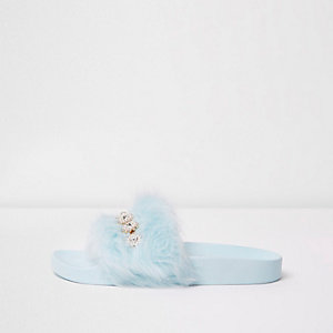 Light blue embellished fluffy sliders