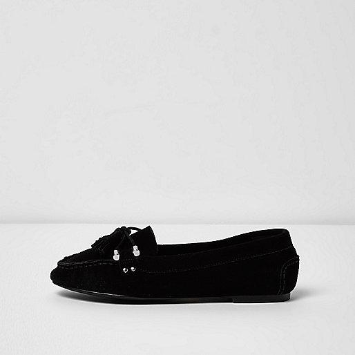 Black suede tassel mocassin loafers