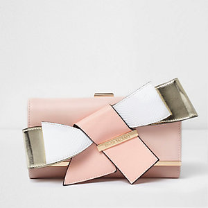 Pink 3D bow clip top foldover purse