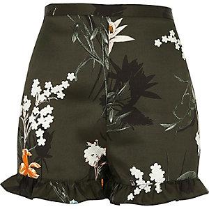 Shorts in Khaki mit Blumenmuster und Rüschen