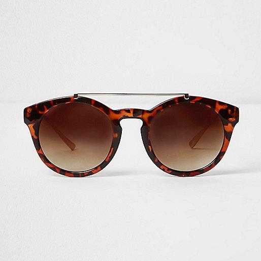 Brown tortoiseshell brow bar round sunglasses