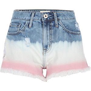 Short en jean usé bleu moyen dégradé effet tie-dye