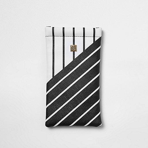 Zwart zonnebriletui met witte strepenprint