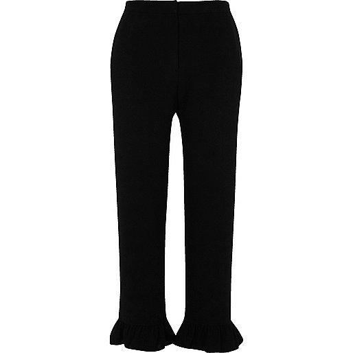Black frill hem cropped pants