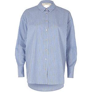 Chemise en popeline rayée bleue à dentelle dans le dos
