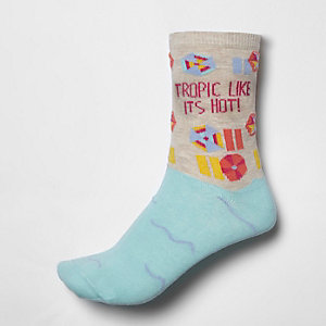 Light blue 'tropic like it's hot' ankle socks