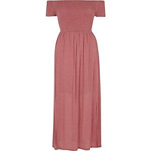 Robe Bardot longue rose froncée