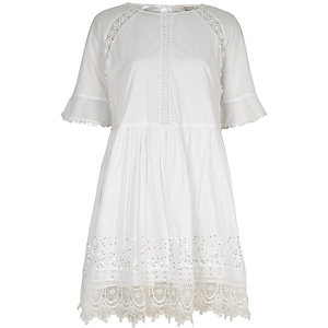 White lace trim smock dress