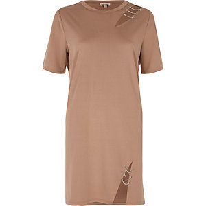 Light pink chain trim T-shirt dress