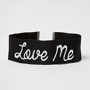 Black 'love me' embroidered choker