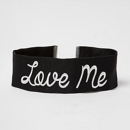 Black 'love me' embroidered choker