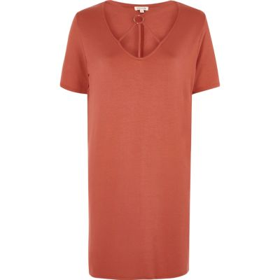 Oranje oversized T-shirt met gekruiste bandjes om de hals thumbnail