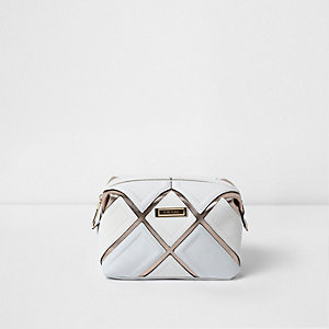 White cutabout metallic make-up bag