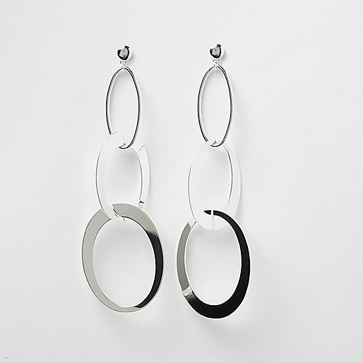 Silver tone circle dangle earrings