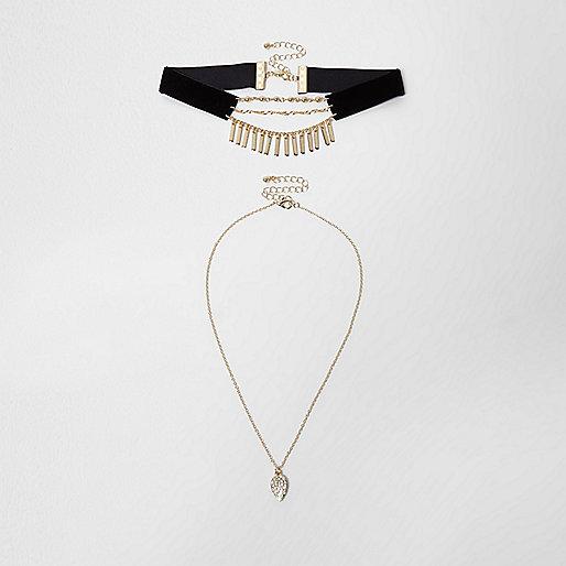 Black velvet multi row pendant and choker set