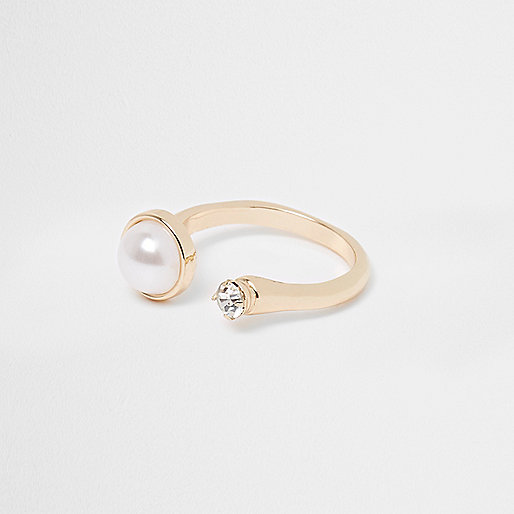 Gold tone pearl and rhinestone open ring