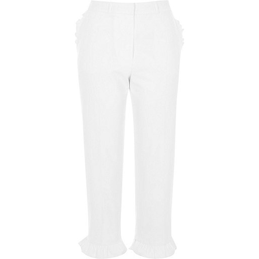 White frill hem cropped pants