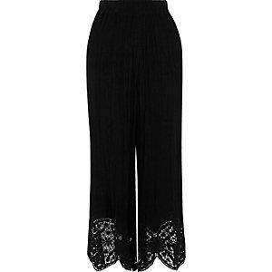 Black lace hem culottes