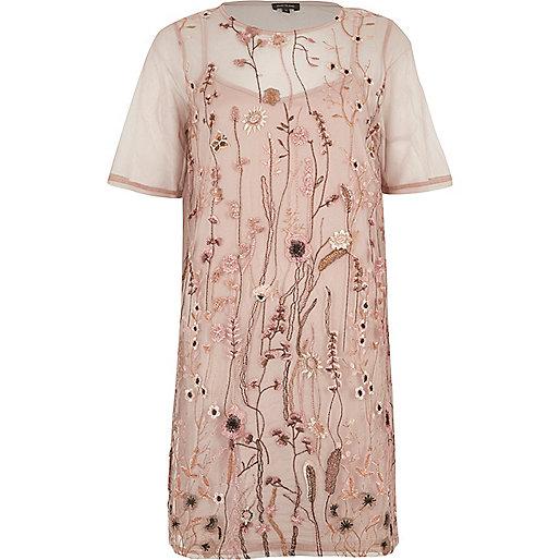 Pink mesh embroidered T-shirt dress