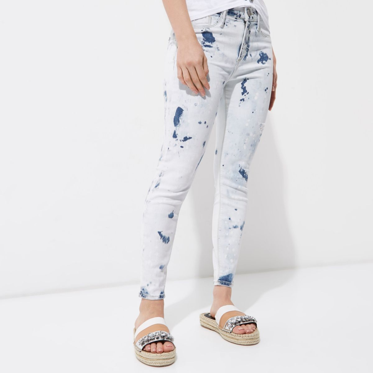 Petite light blue Molly acid wash jeggings