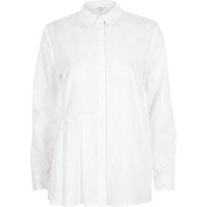 Chemise blanche à empiècements plissés