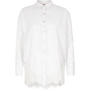 White lace hem long sleeve shirt