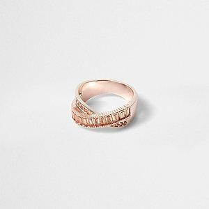 Rose gold tone rhinestone ring