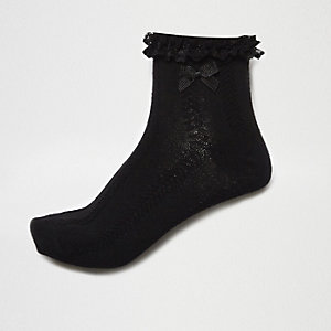 Black cable knit frill bow socks