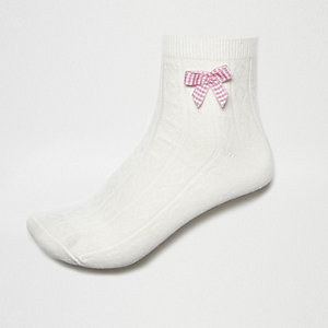 White gingham bow ankle socks