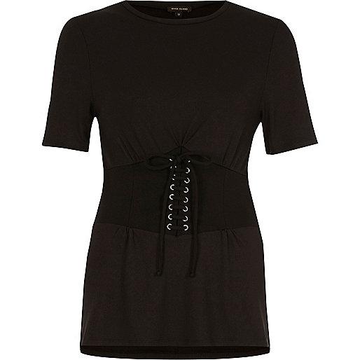 Zwart aansluitend T-shirt met aangesnoerde voorkant