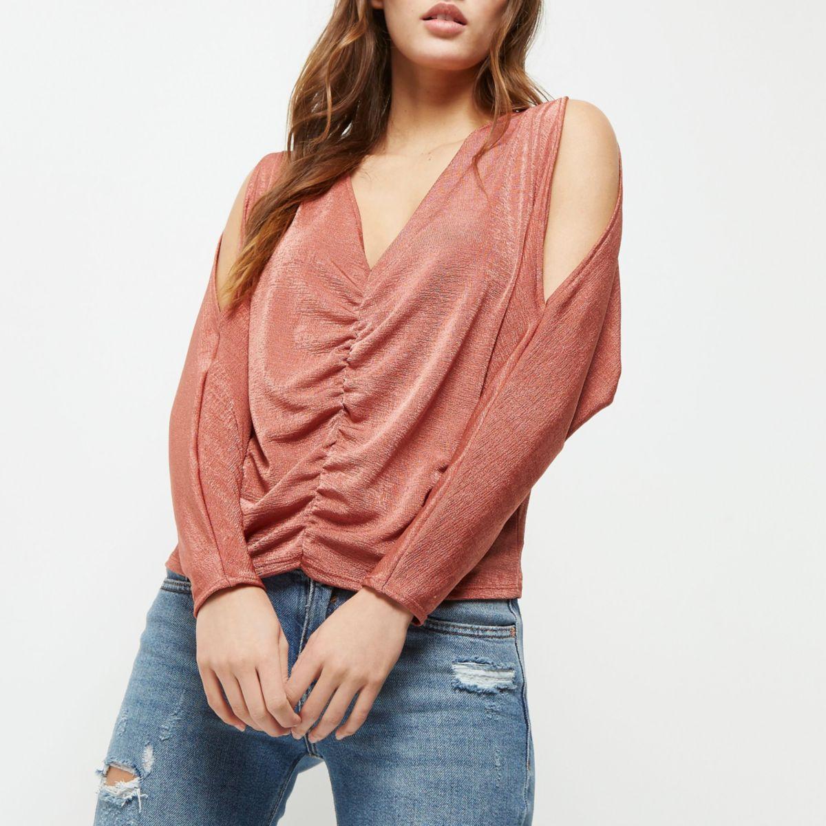 Dark pink ruched cold shoulder top